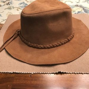 Festival Express real suede leather hat.